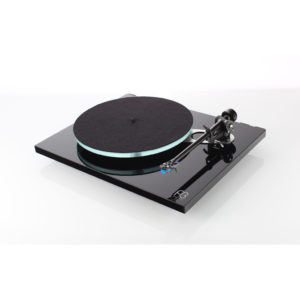 Rega Planar 3 in black