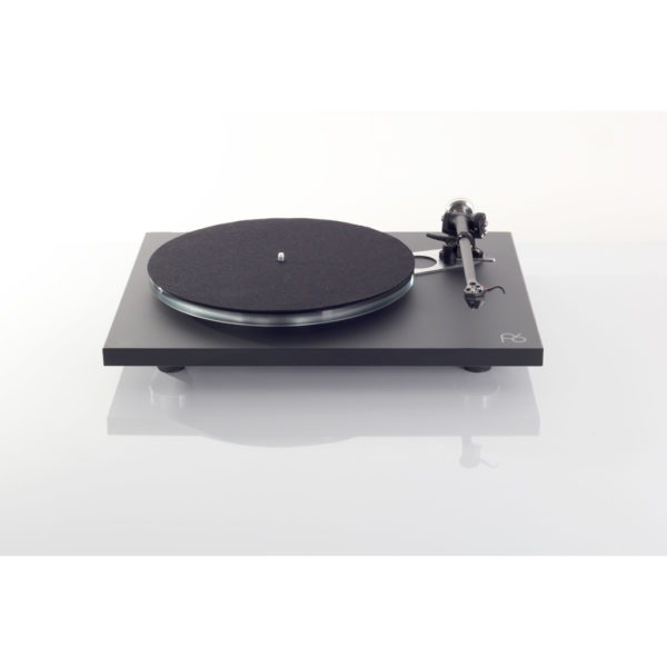Rega Planar 6 in black